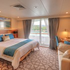 coral-discoverer-bridge-deck-balcony-stateroom